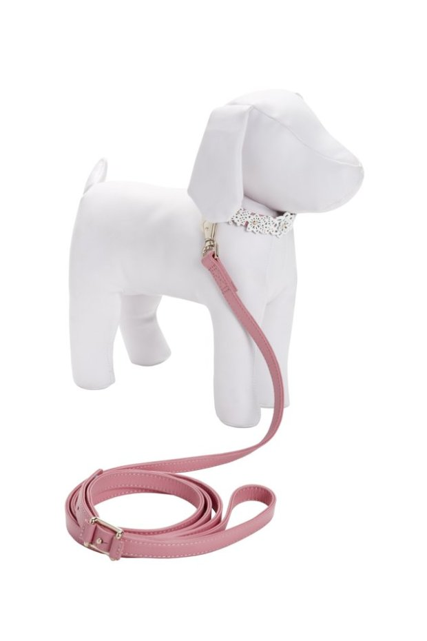 oscar de la renta pets, oscar de la renta for target, oscar de la renta for neiman marcus, oscar de la renta holiday collection, oscar de la renta gifts, luxury pet gifts, luxury dog collar oscar de la renta pets, oscar de la renta dog collar, oscar de la renta leash, luxury dog leash