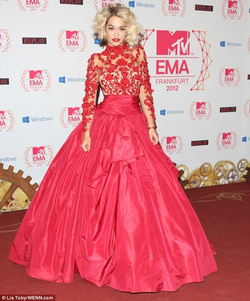 mtv emas, mt v european music awards, music awards, 2012 music awards, 2012 mtv awards, best and worst dressed, outfits of the night, best dressed, emas best dressed, emas worst dressed, emas outfits, emas dresses, Rita Ora, Rita ora mtv emas, rita ora marchesa