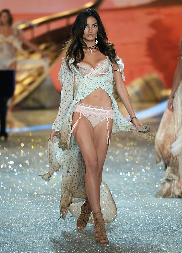 lily-aldridge, candice swanepoel, victoria secret fashion show, million dollar bra, 2013 victoria secret fashion show, victoria secret angel, most beautiful models