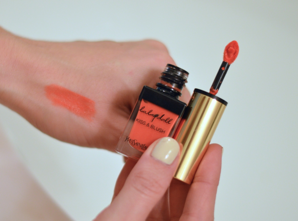 YSL baby doll kiss and blush review, ysl baby doll kiss and blush, ysl baby doll in Orange Fougueux, best orange lipstick, orange lipstick, must have orange lipstick, ananda saba, super fashionable, super fashionable blog