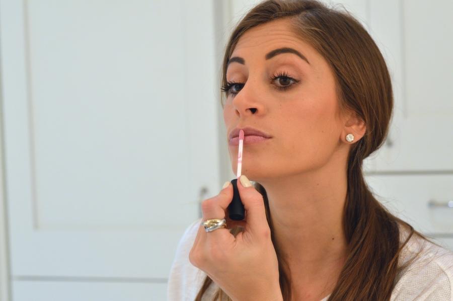 Nvey Eco makeup, Nvey Eco, Organic Makeup, Ulta Makeup, best organic makeup, super fashionable, nvey eco review, ananda saba, organic lipgloss